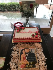 Celebrating the release of  HER PERFECT AFFAIR with the perfect book cover sugar cookie  & #LatinxRom red velvet cake!